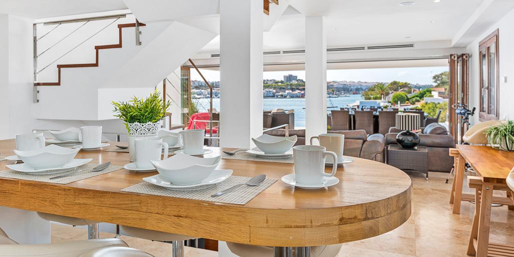 Dining area, VFW085 Cala Rata