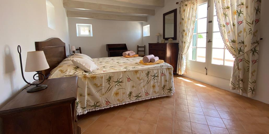 Master bedroom, Petit Torret