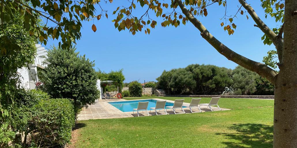 Pool & terrace, Petit Torret
