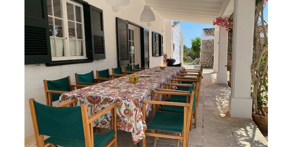 Outdoor dining, Petit Torret