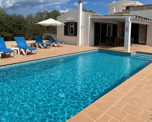 Pool & terrace, Blanc y Verde Trebaluger