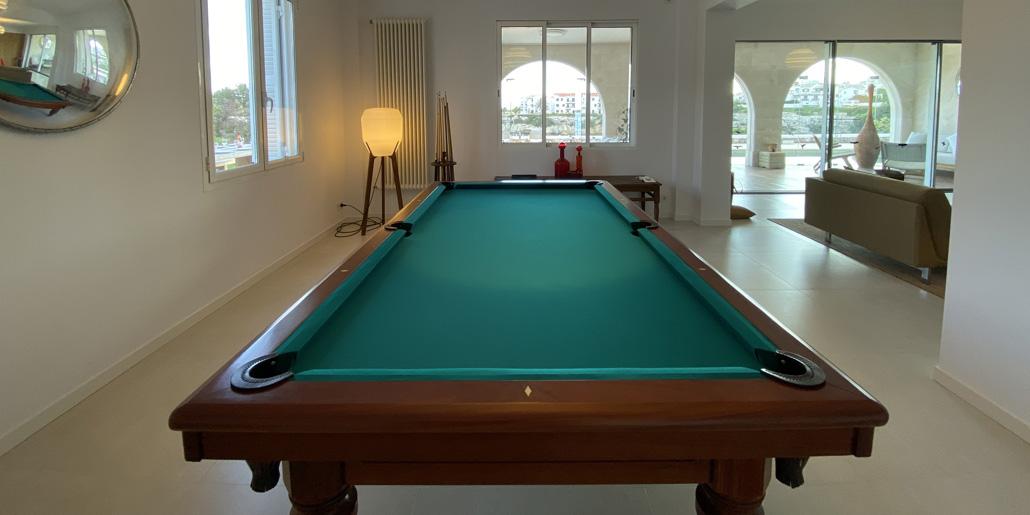 Pool table, Villa Santana Es Castell